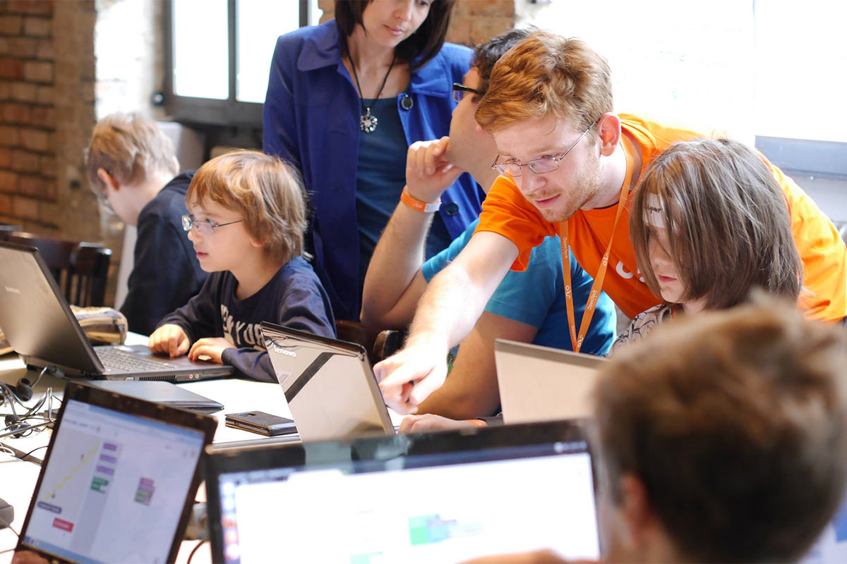 US Kids enter the Guinness Records for the Biggest Coding Class